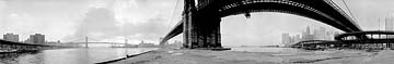 Brooklyn Bridge, 1980, 15.5 X 91, Silver print; 16 Cirkut camera